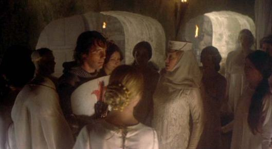 800full-monty-python-and-the-holy-grail-(1975)-screenshot